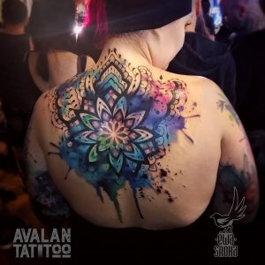Watercolor mandala done by Ewa Sroka & Avalan Tattoo podczas Warsaw Tattoo Convention
